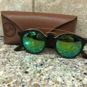 Almost brand new ray-bans